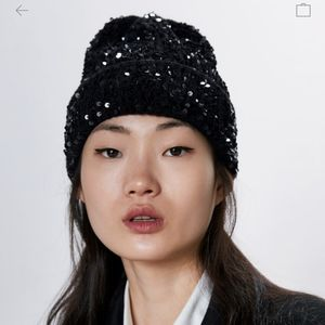 Zara black sequin knit beanie black toque